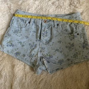 F21 Comfortable, Stretchy Shorts